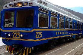 Trem a Machu Picchu começa a operar na estaçao  San Pedro, no centro de Cusco